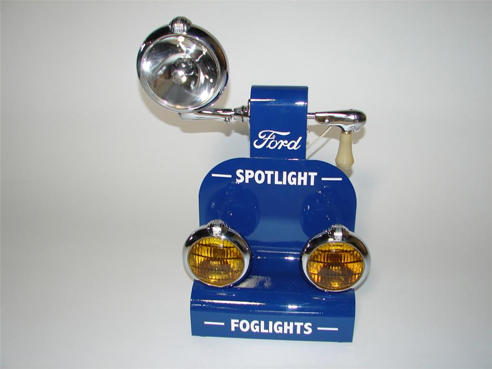 Outstanding 1930s Ford Spot and Fog lights service department counter-top display. - Front 3/4 - 101857