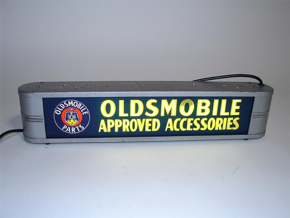 Choice 1940s Oldsmobile Approved Accessories glass faced light-up dealership service department sign - Front 3/4 - 101949