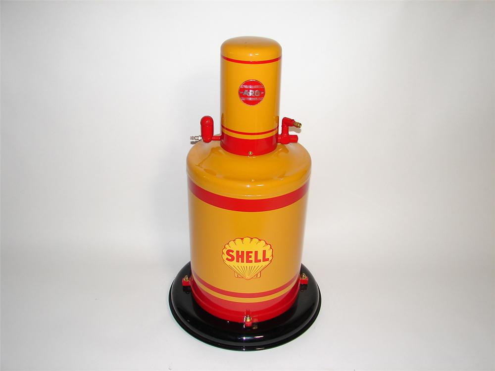 1940s Shell Oil service department Aro greaser on wheels. - Front 3/4 - 101951