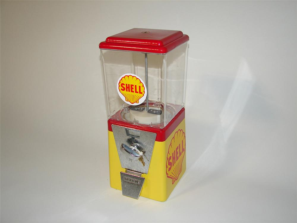 Neatly restored 1960s Shell service station peanut machine with key. - Front 3/4 - 102172