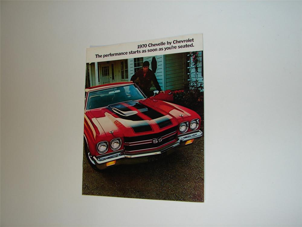 Awesome N.O.S. 1970 Chevelle by Chevrolet sixteen page color sales brochure. - Front 3/4 - 102180