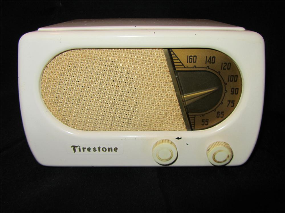 Interesting 1940s Firestone counter-top radio with bakelite knobs and cabinet. - Front 3/4 - 102208