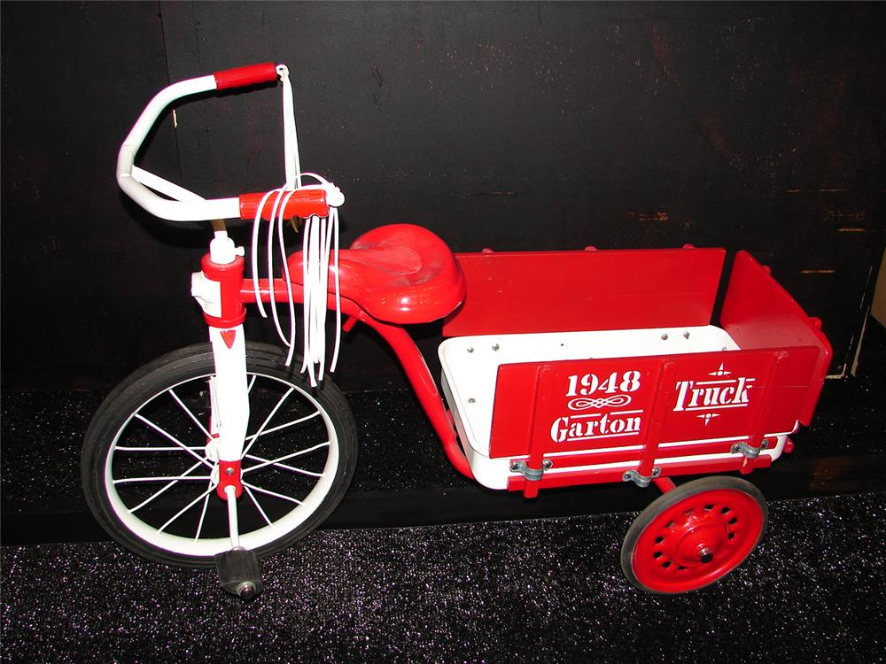 Nicely restored 1948 Garton Delivery Tri-Cycle with stake body. - Front 3/4 - 105462
