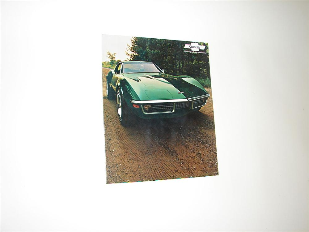 N.O.S. 1971 Corvette Stingray Couple/Convertible twelve page full color showroom sales brochure. - Front 3/4 - 108372