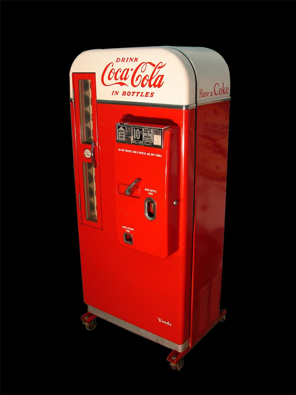 Outstanding all original 1950s Coca-Cola Vendo 81 ten cent coin operated soda machine. - Front 3/4 - 108517