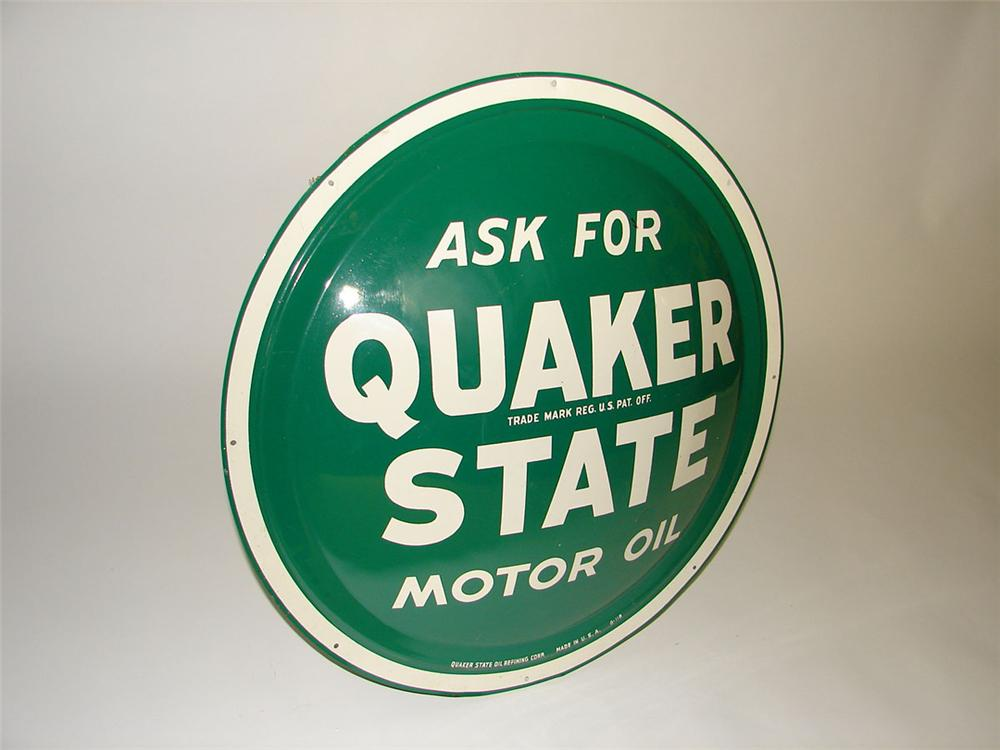 Very nice 1950s Quaker State Motor Oil convexed tin bulls-eye garage sign. - Front 3/4 - 108580