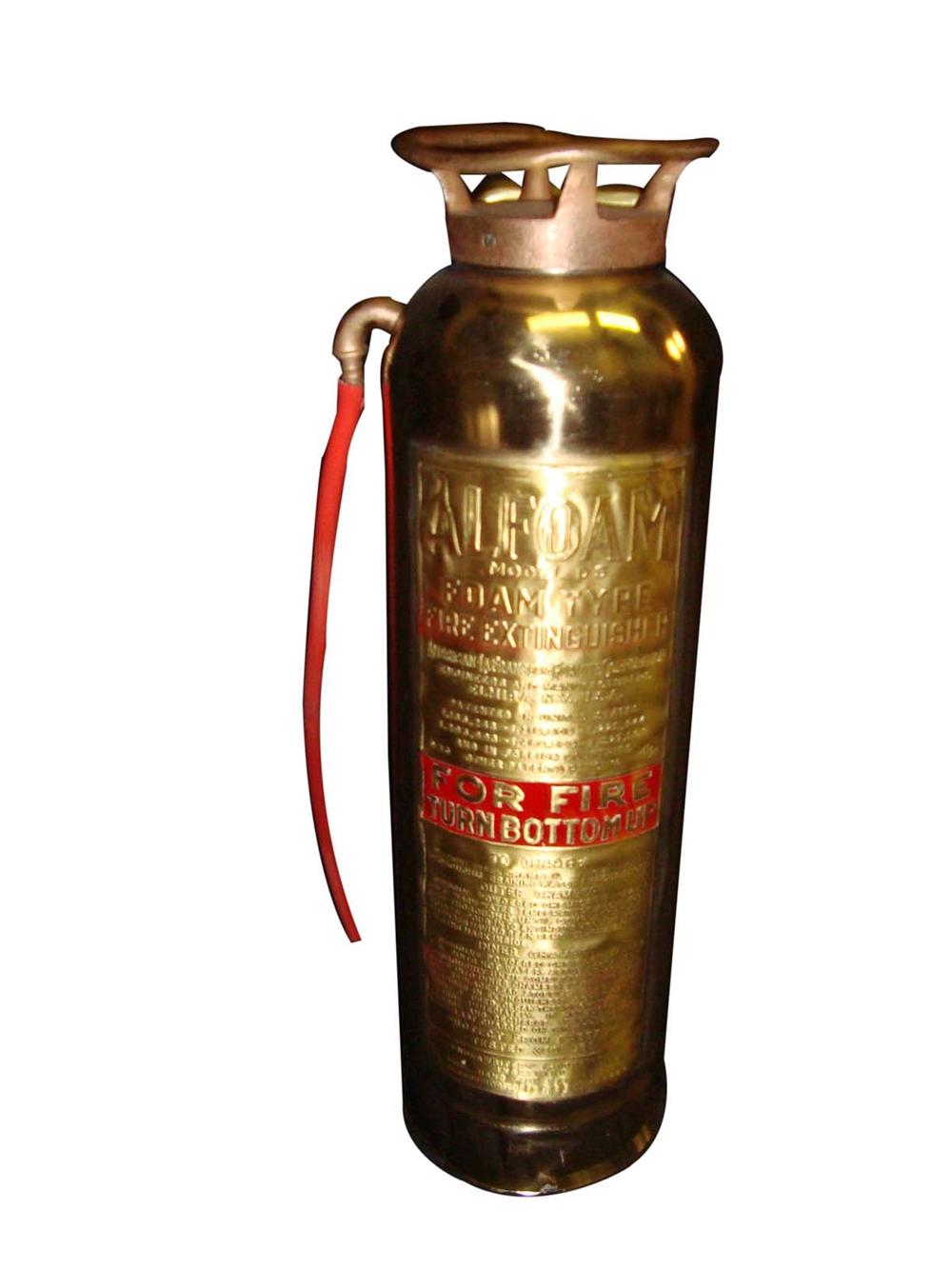 1920s service station brass/copper Fire Extinguisher fully refurbished. - Front 3/4 - 108666