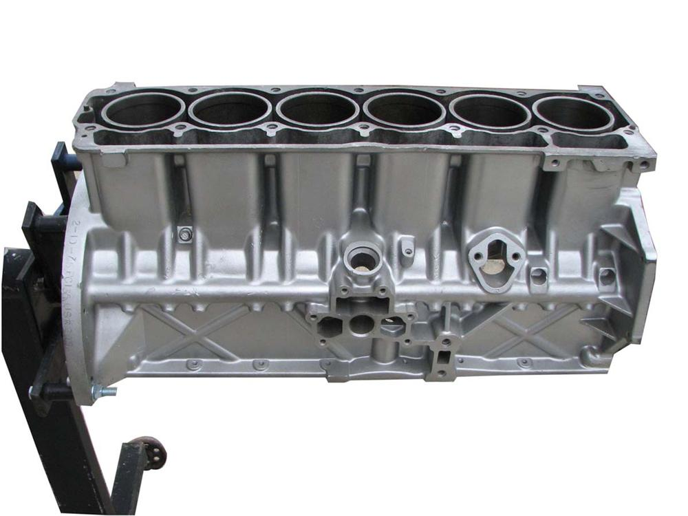 Historically significant from the 1958 Chrysler Engineering Department a 225 C.I.D. Aluminum Slant 6 Engine block. - Front 3/4 - 108676