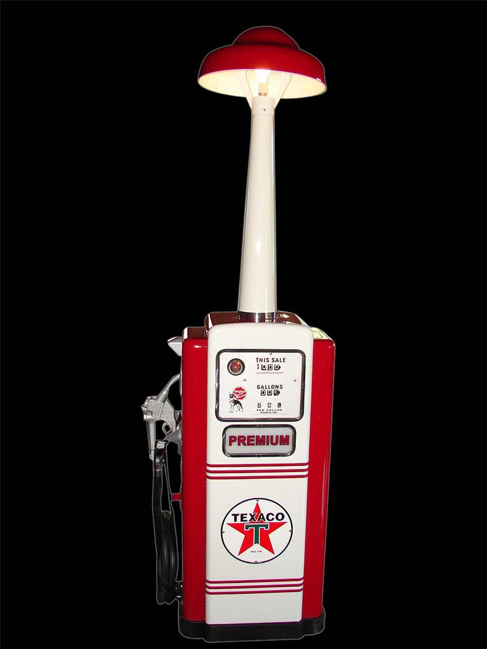 Striking early 1950s Texaco Oil Wayne model #100 restored service station gas pump with station lighter unit. - Front 3/4 - 108677