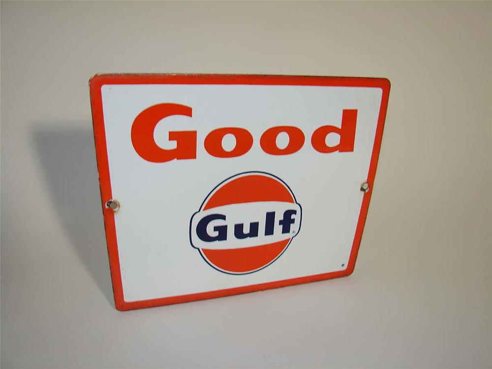 Late 1950s-60s Good Gulf Gasoline porcelain pump plate sign with logo. - Front 3/4 - 112976