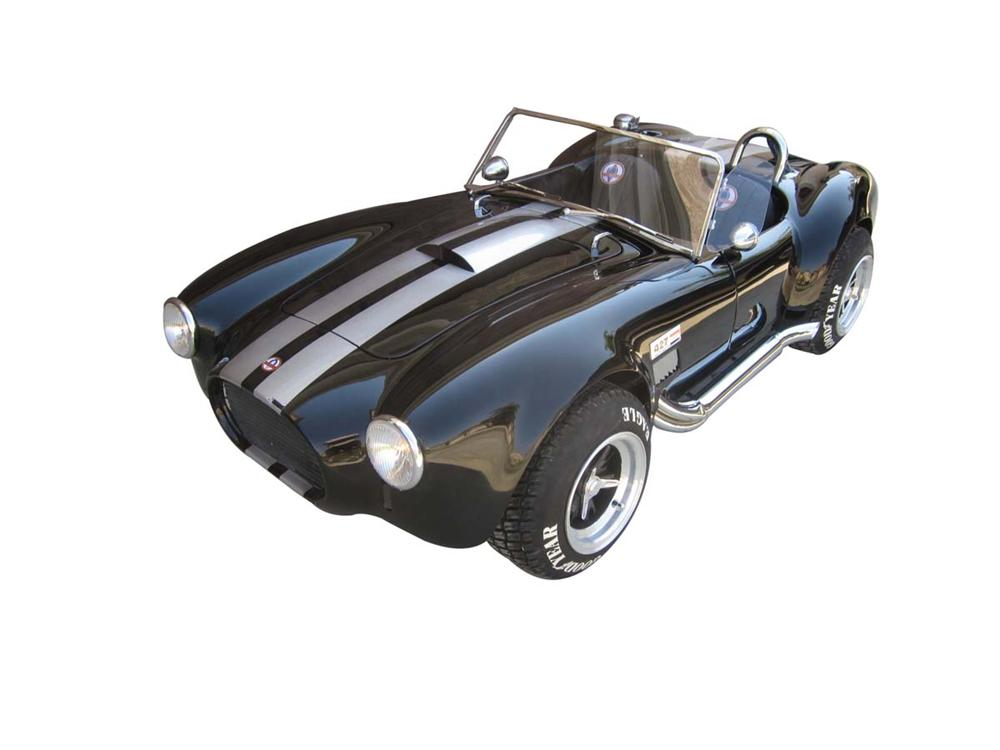 One of a kind 427 Cobra replica go-kart built by McLaren Restorations. - Front 3/4 - 113250