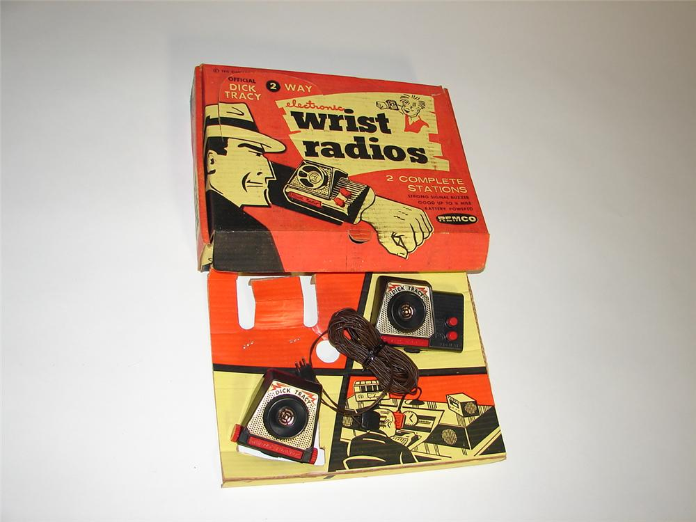 Amazing N.O.S. 1950s Dick Tracy Wrist Radios still in the original box. Never used!!!!! - Front 3/4 - 116599