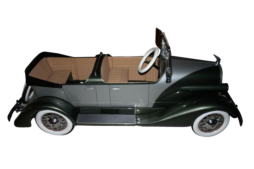 Magnificent 1934 American National Cadillac tandem pedal car. - Front 3/4 - 117827