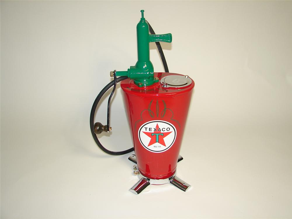 Gorgeous 1930s Texaco Oil filling station restored five-gallon hand crank greaser. - Front 3/4 - 125362