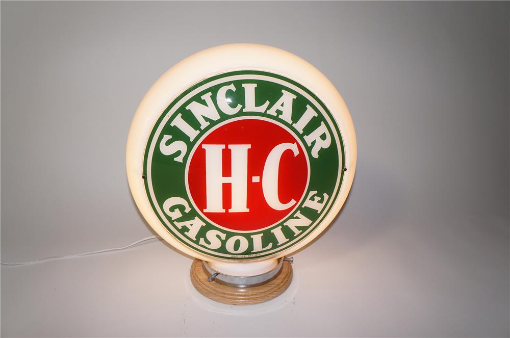 Absolutely gorgeous 1940s Sinclair Gasoline narrow bodied milk glass gas pump globe. - Front 3/4 - 125473