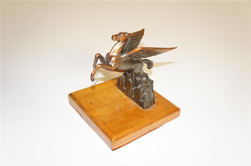 Hard to find 1930s Mobil Oil dealer award book end with bronze Pegasus. - Front 3/4 - 125550