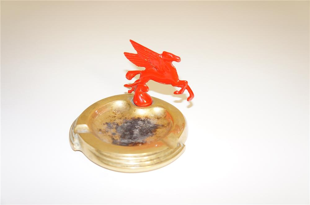 1930s Mobil Oil dealer counter-top ashtray with Pegasus hood mascot attached. - Front 3/4 - 125551
