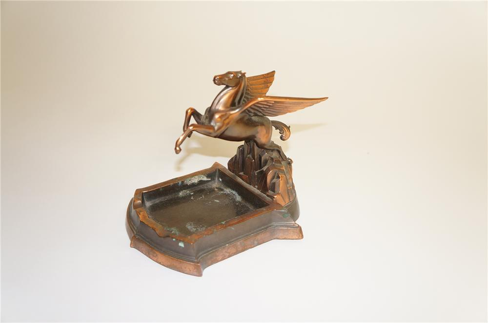 1930s Mobil Oil bronze ashtray featuring a magnificent Mobil Oil Pegasus. - Front 3/4 - 125552
