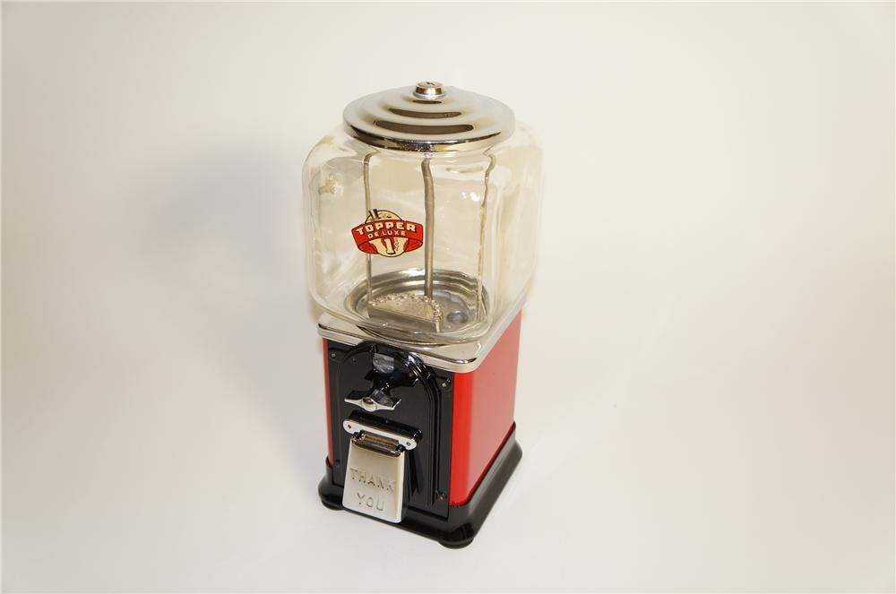Magnificent 1940s Topper one-cent peanut/gumball machine beautifully restored. - Front 3/4 - 125561