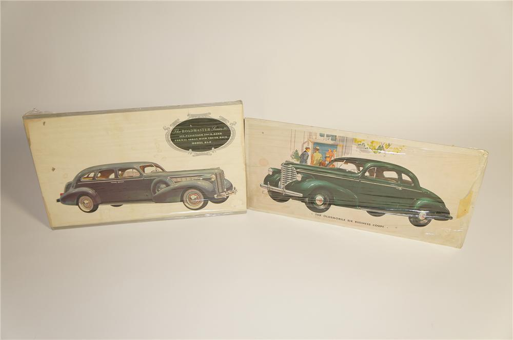 Lot of two 1930s showroom dealership cardboard signs for Buick Road master and Oldsmobile Six Business Coupe. - Front 3/4 - 125584