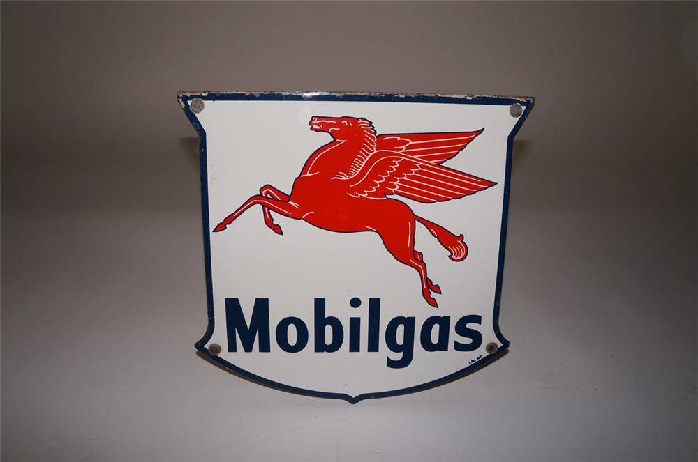 Very clean 1947 Mobilgas porcelain pump plate sign with Pegasus logo. - Front 3/4 - 130496