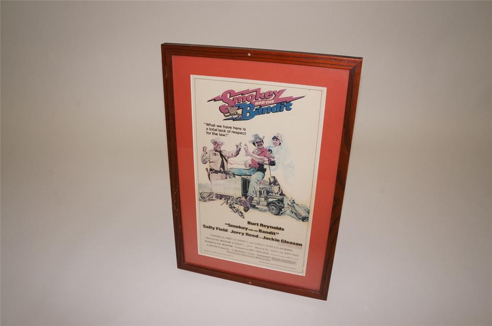 Fantastic original 1977 Universal Pictures Smokey and the Bandit movie poster - Front 3/4 - 130521