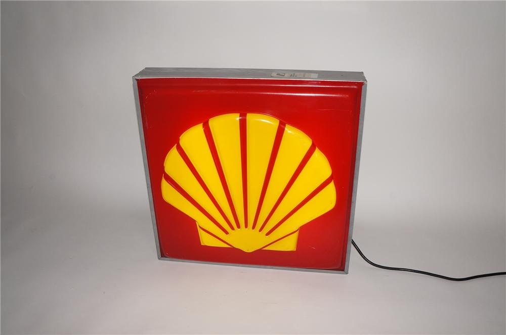 1970s Shell Oil single-sided light-up service station sign.  Lights and works perfectly! - Front 3/4 - 130756