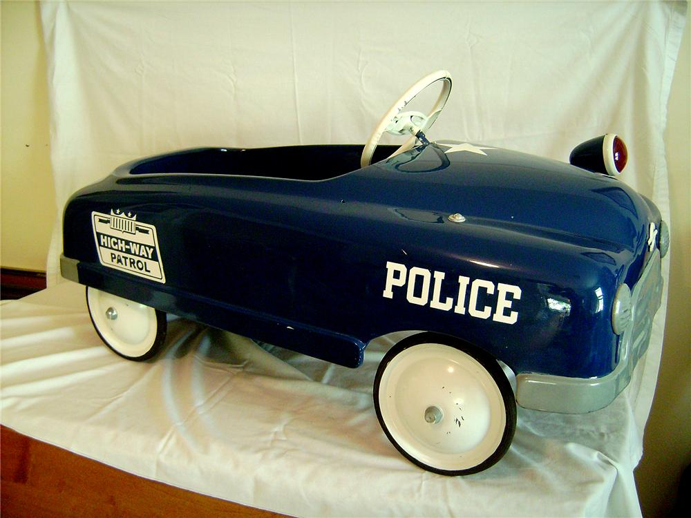 Outstanding 1952 BMC Highway Patrol Pedal car with police light and more. - Front 3/4 - 130888
