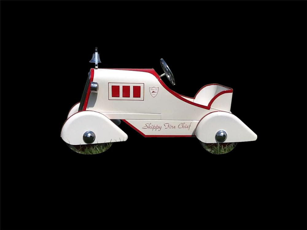 "Wonderfully restored 1950s Murray ""Skippy Fire Chief"" pedal car. - Front 3/4 - 133343"