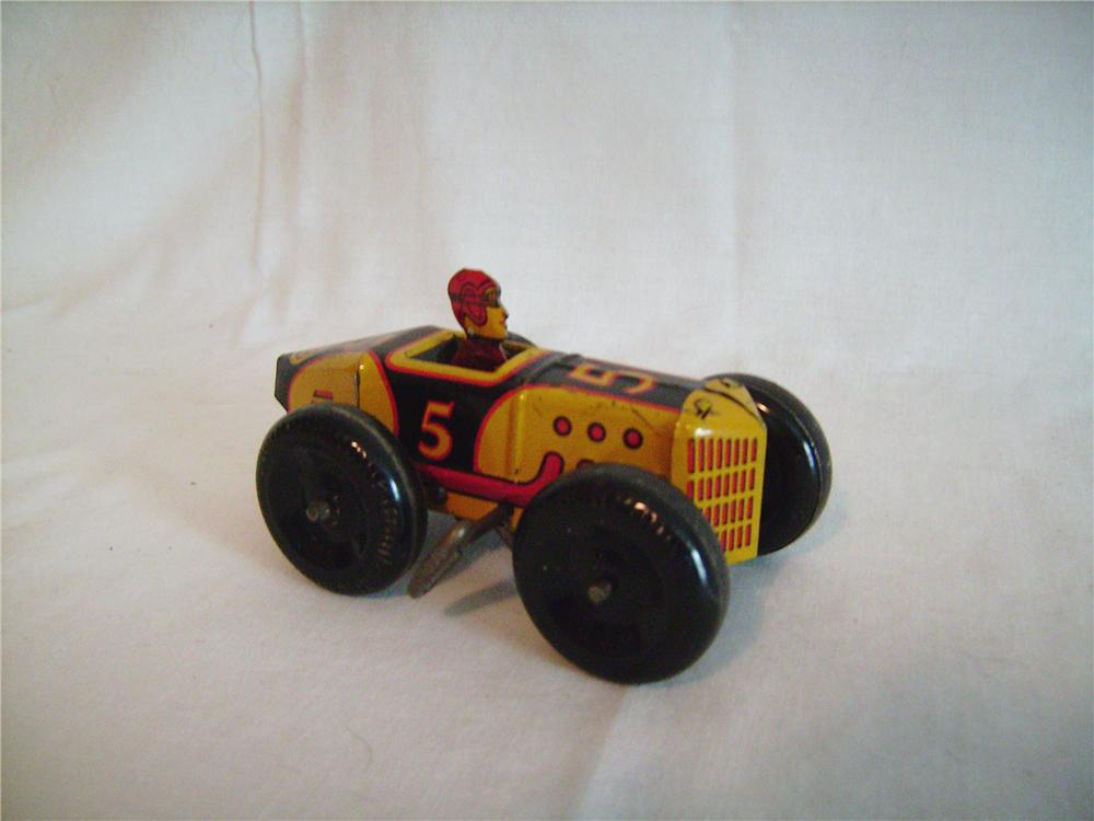 Magnificent original 1930s Louis Marx #5 wind-up tin midget racer with driver.  Excellent graphics. - Front 3/4 - 133388