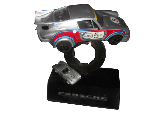 1/8 Scale Porsche Carrera RSR Turbo 935 model assembled and mounted on an authentic signed Porsche disc brake. - Front 3/4 - 133402