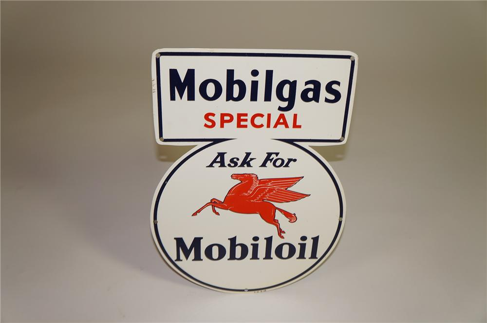 Stunning N.O.S. 1946 Mobilgas Special - Mobiloil single-sided tin painted service station sign with Pegasus logo. - Front 3/4 - 138560