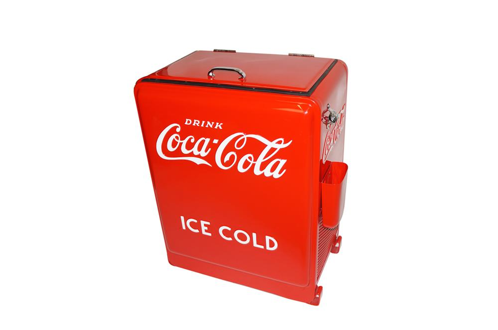 "Phenomenal 1930s Coca-Cola Westinghouse ""Princess"" water cooled service station soda cooler. - Front 3/4 - 138613"