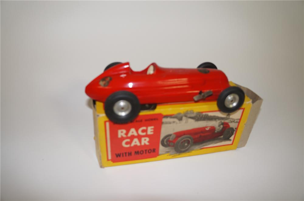 Very cool 1940s wind-up dirt track racer toy car still in the original box. - Front 3/4 - 138684