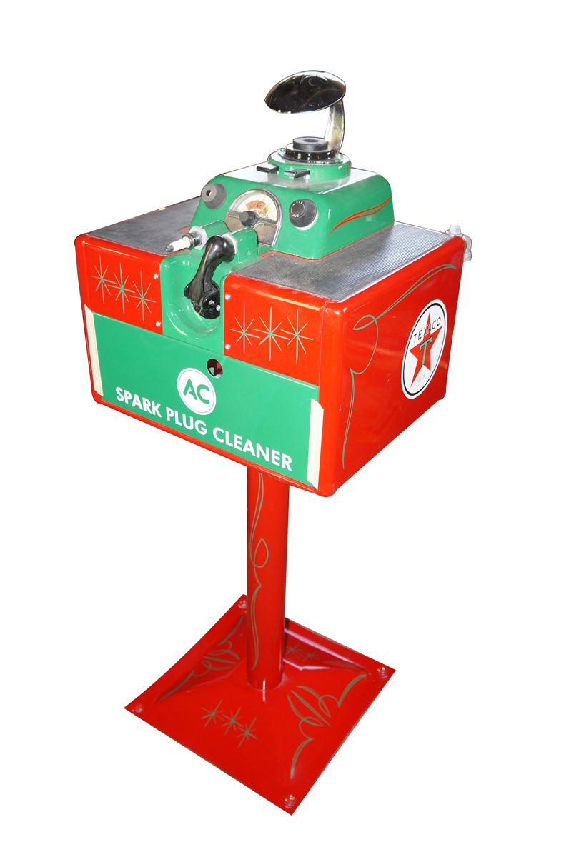 Outstanding 1940s-50s Texaco Oil AC Spark Plug service department cleaner/servicer on stand. - Front 3/4 - 138731