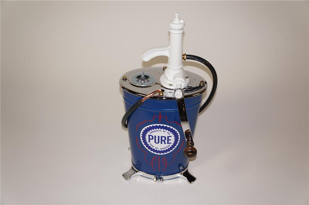 Sharp late 1920s-30s restored Pure Oil five-gallon service department hand crank greaser. - Front 3/4 - 138752