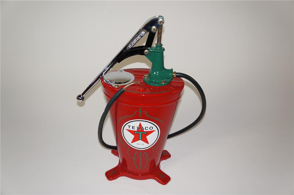 Incredible 1930s-40s restored Texaco Oil service department five gallon hand pump Alemite greaser. - Front 3/4 - 138753