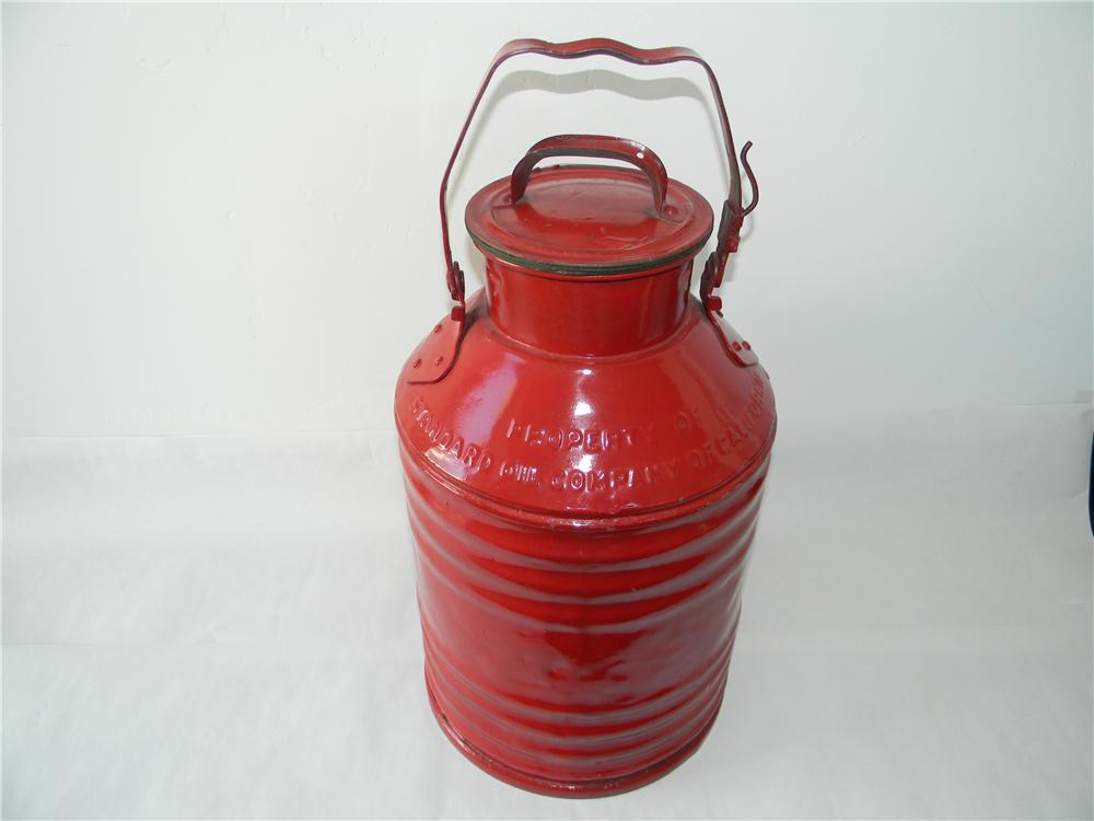 1930s Standard Oil Company bulk oil/gas delivery can with lid. - Front 3/4 - 138779