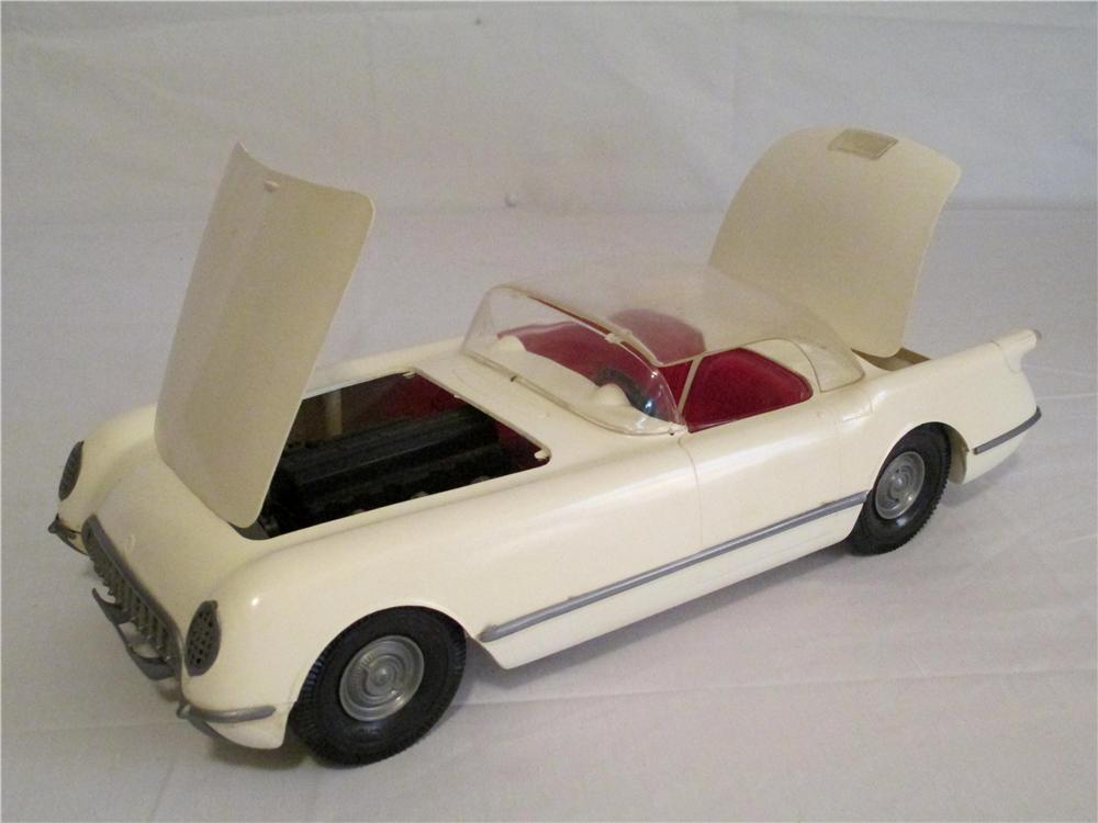 Rare Ideal Toys 1954 Corvette with detailed three carburetor motor. - Front 3/4 - 138849