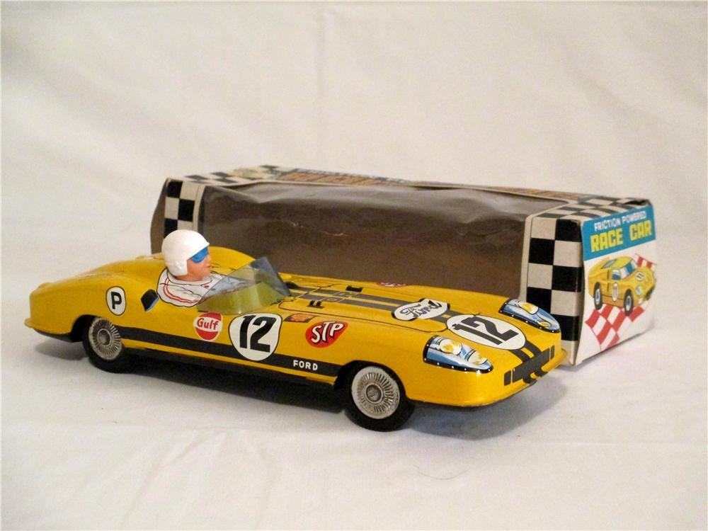 Choice 1960s Masudaya Ford STP Racer with driver still in the original box. - Front 3/4 - 138863