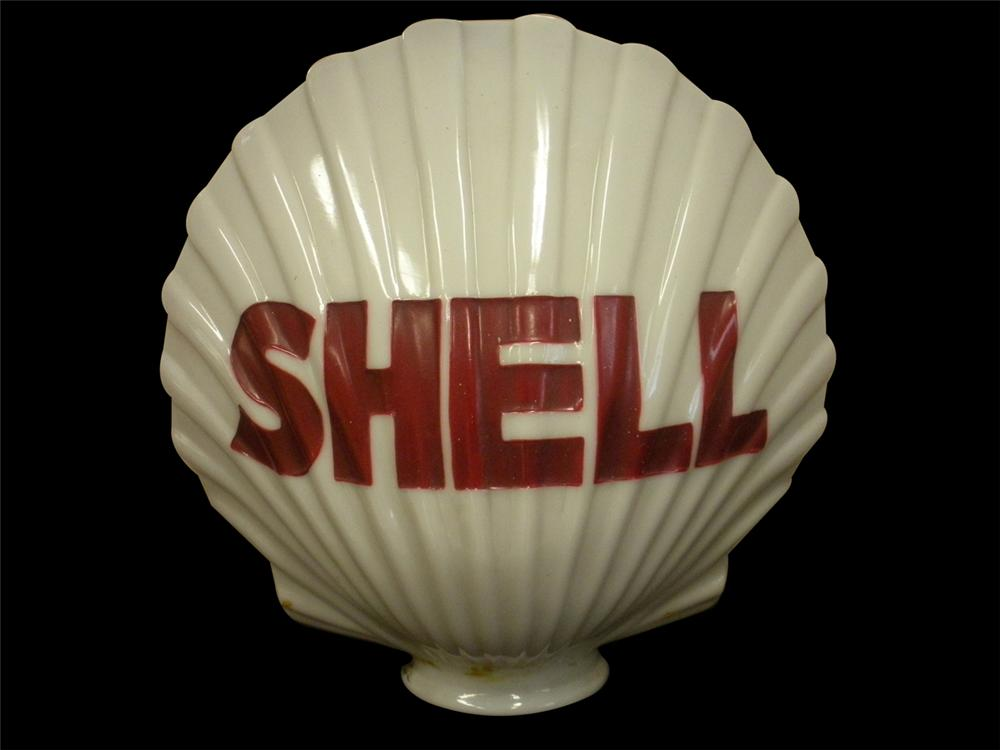 Splendid 1930s Shell Oil one-piece milk glass clam shell shaped gas pump globe. - Front 3/4 - 138881