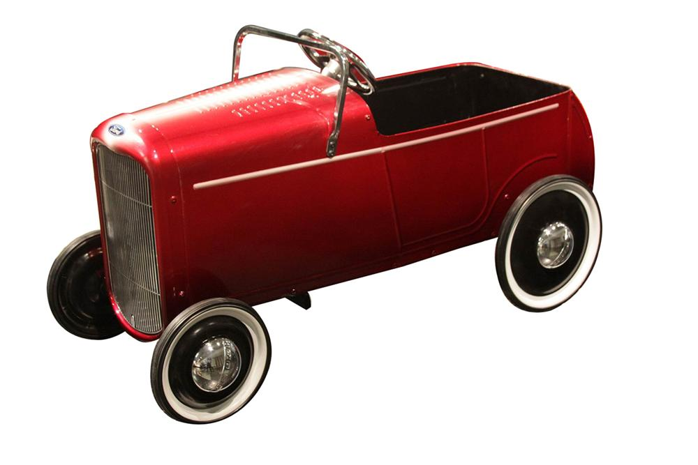"Charity Vehicle - Customizing pioneer Gene Winfield of Mojave, CA built this pedal car and gave it the iconic ""Winfield Fade... - Front 3/4 - 138901"