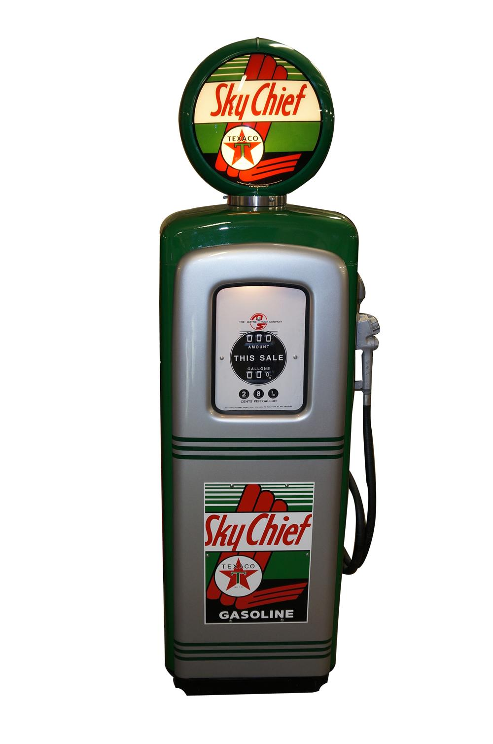Stunning 1948 Texaco Oil Sky Chief Gasoline restored M/S 80 service station gas pump. - Front 3/4 - 139525