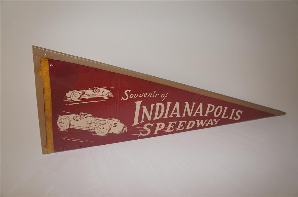 Incredible 1930s Souvenir of Indianapolis Speedway penant with two vintage racers depicted. - Front 3/4 - 139617