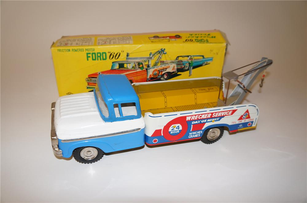 """Very cool late 1950s-60s Ford """"60"""" friction powered motor Wrecker Truck still in the original box. - Front 3/4 - 139632"""