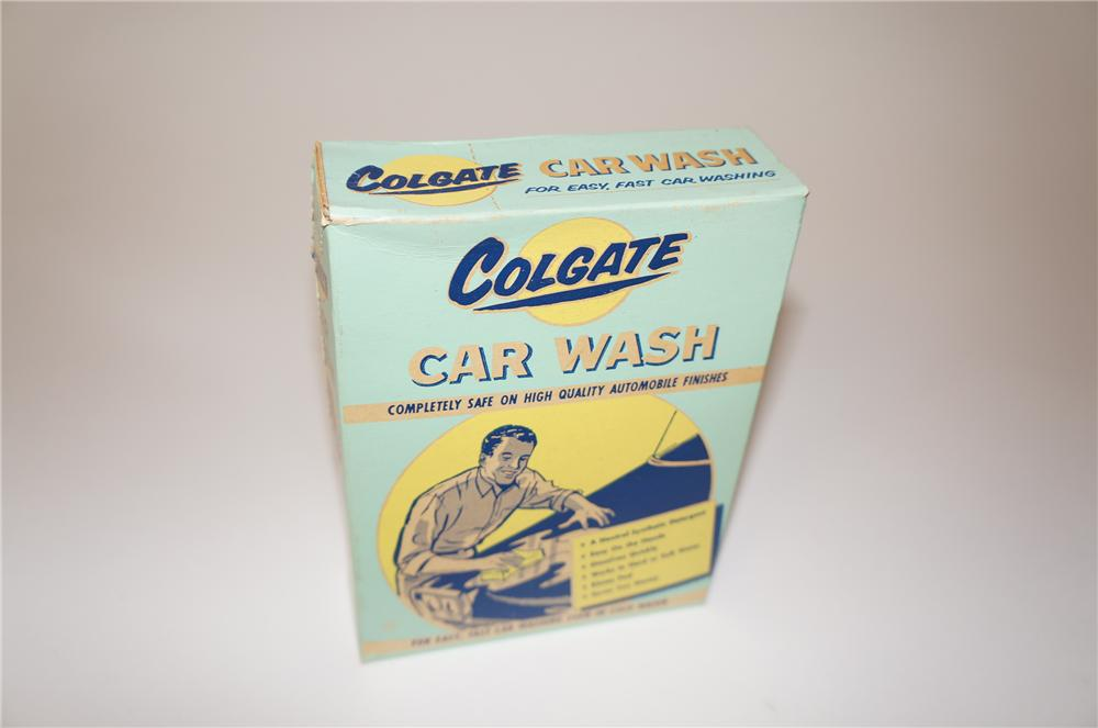 N.O.S late 1950s-60s Colgate Car Wash box with nice graphics.  Never used! - Front 3/4 - 139643