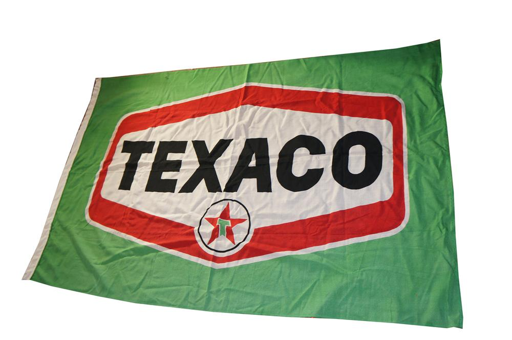 Wonderful 1950s-60s Texaco Oil service station canvas sign/flag. - Front 3/4 - 139648
