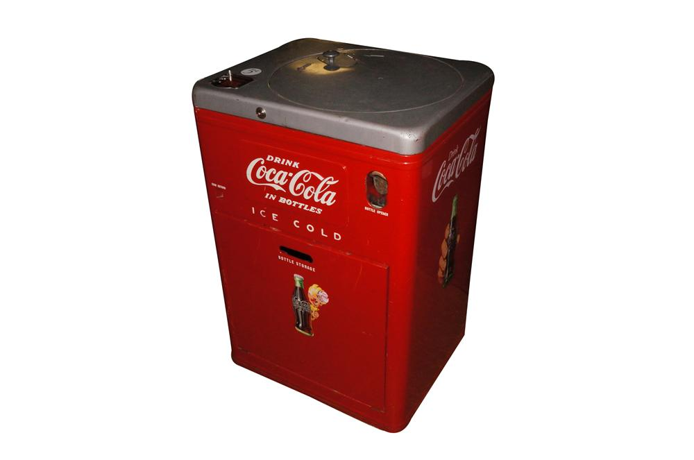 All original 1950s Coca-Cola Vendo 23 spin-top coin operated soda machine. - Front 3/4 - 139791