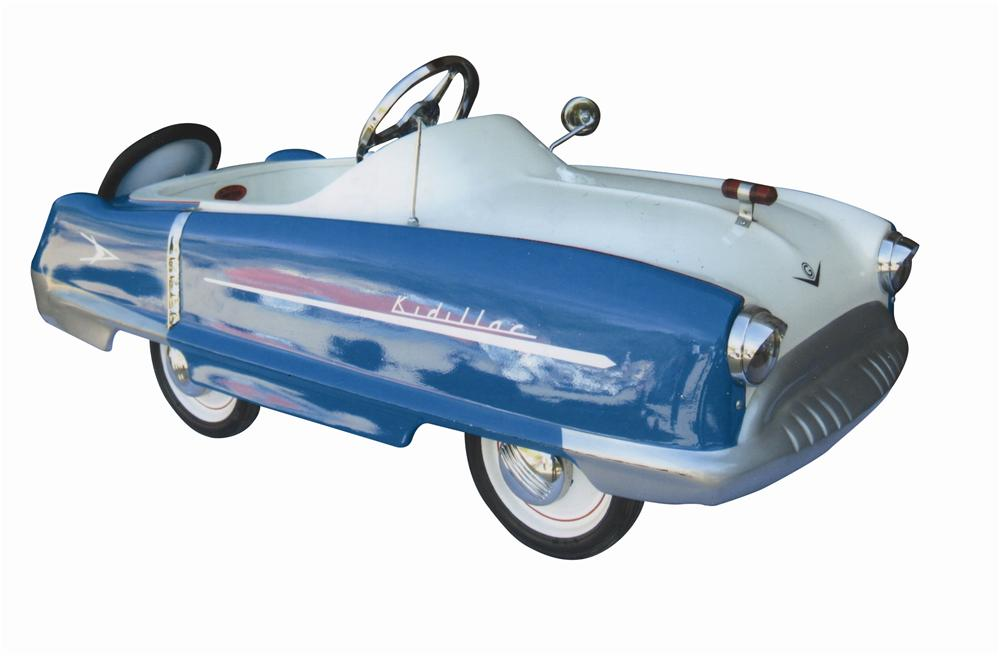 "Superlative 1950s Garton ""Kiddilac"" pedal car. - Front 3/4 - 139798"