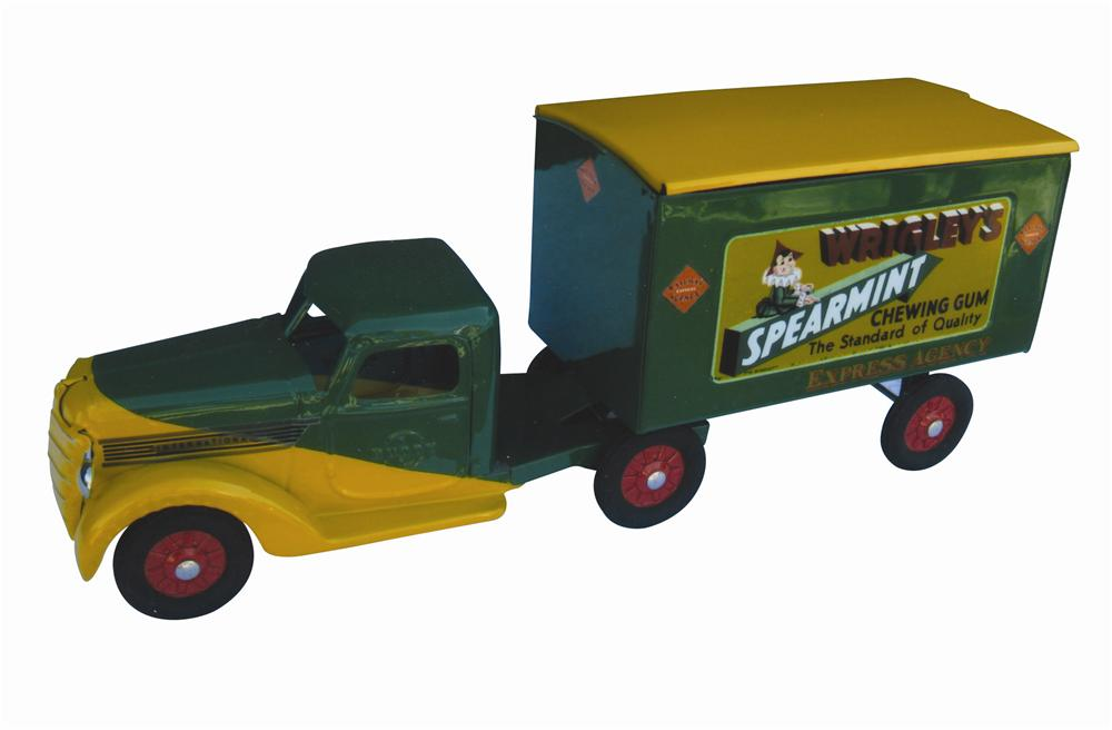 Stunning 1940s Buddy L Wrigleys Spearmint delivery truck professionally restored to perfection! - Front 3/4 - 139801